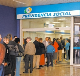 Reforma da Previdência faz disparar aposentadoria por tempo de contribuição.